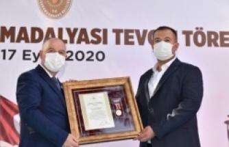 Kahramanmaraş'ta şehit ailelerine devlet övünç madalyası verildi