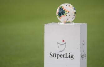 Süper Lig'in ilk haftasında oynanacak maçların hakemleri belli oldu