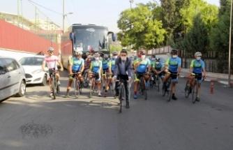 Milli Bisikletçiler 29 Bin Fidan İçin Pedalladılar