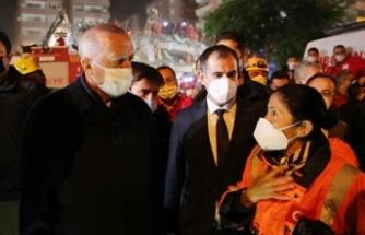 Cumhurbaşkanı Erdoğan enkaz alanında inceleme yaptı