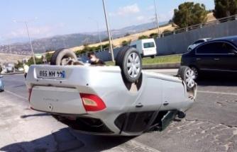 Kahramanmaraş'ta kontrolden çıkan otomobil takla attı