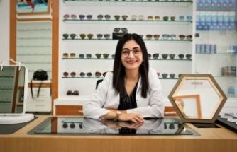 Optisyen Eda Nur Bağcı, ''Güneş gözlüklerinizi kışında kullanın''