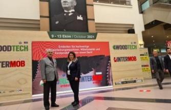 WoodTech Fuarını Ziyaret Eden Rektör Prof. Dr. Niyazi Can ve Öğretim Üyeleri Önemli Tespit ve İncelemelerde Bulundular