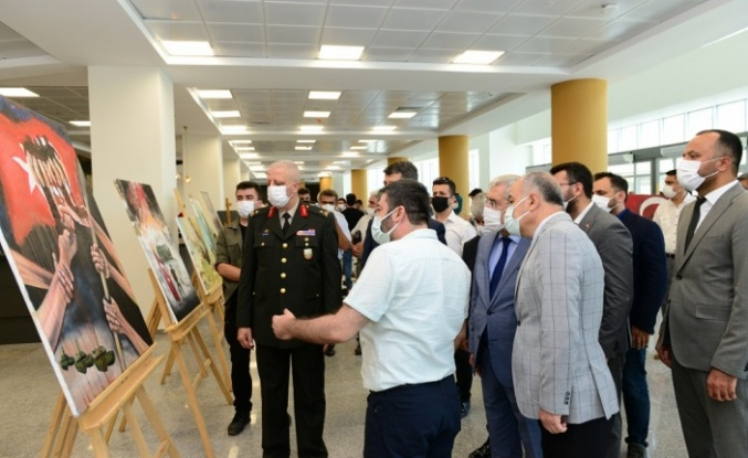 'Türkiye'de Askeri Müdahaleler ve 15 Temmuz Darbe Girişimi' konferansı düzenlendi